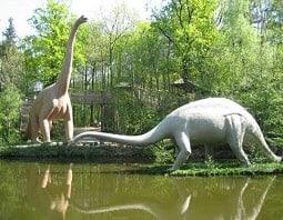 2 große Dinosaurier